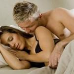 Trong giai đoạn đầu mang thai, sinh hoạt vợ chồng có an toàn không