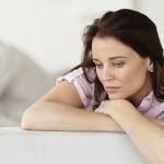 Chị em nên kiêng quan hê tình dục vào những ngày mệt mỏi, đang trong chu kỳ kinh nguyệt