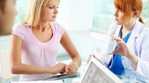Viêm lộ tuyến cổ tử cung có nên đốt điện trước khi sinh con hay không? (1)