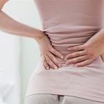 Đấm lưng vào ngày đèn đỏ rất nguy hiểm cho sức khỏe phụ nữ