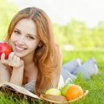 Ăn táo giúp chống tiêu chảy và táo bón