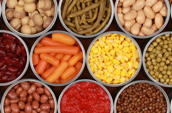 Thực phẩm đóng hộp có thể làm bạn tăng nguy cơ mắc ung thư