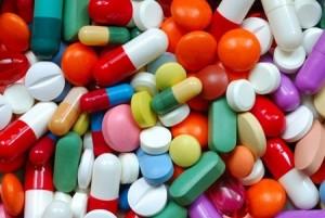 Sử dụng thuốc kháng sinh là giải pháp cho mọi bệnh phụ khoa