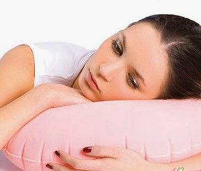 thuốc kết hợp đặt trong âm đạo và các phương pháp vệ sinh phía bên ngoài vùng kín